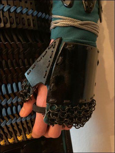 Tekko - der Kampfhandschuh der japanischen Samurai Rüstung